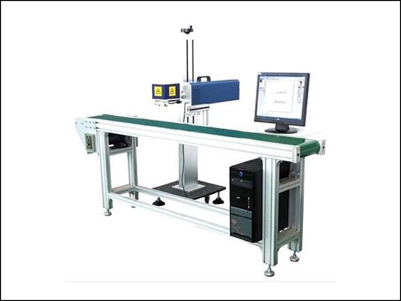 Online flying CO2 laser marking machine for production line