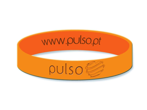 Rubber bracelet marked by cnc 30w 100*100mm co2 laser marking machine